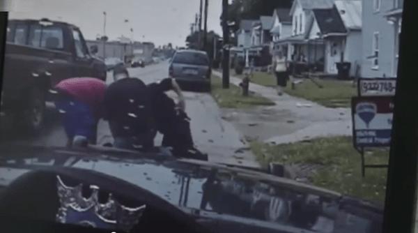 Bystanders Help Cop