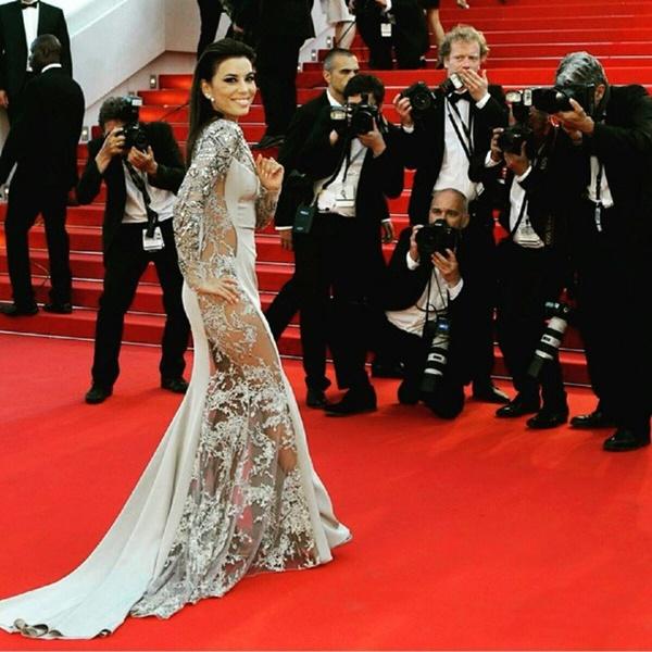 Eva Longoria daring gown