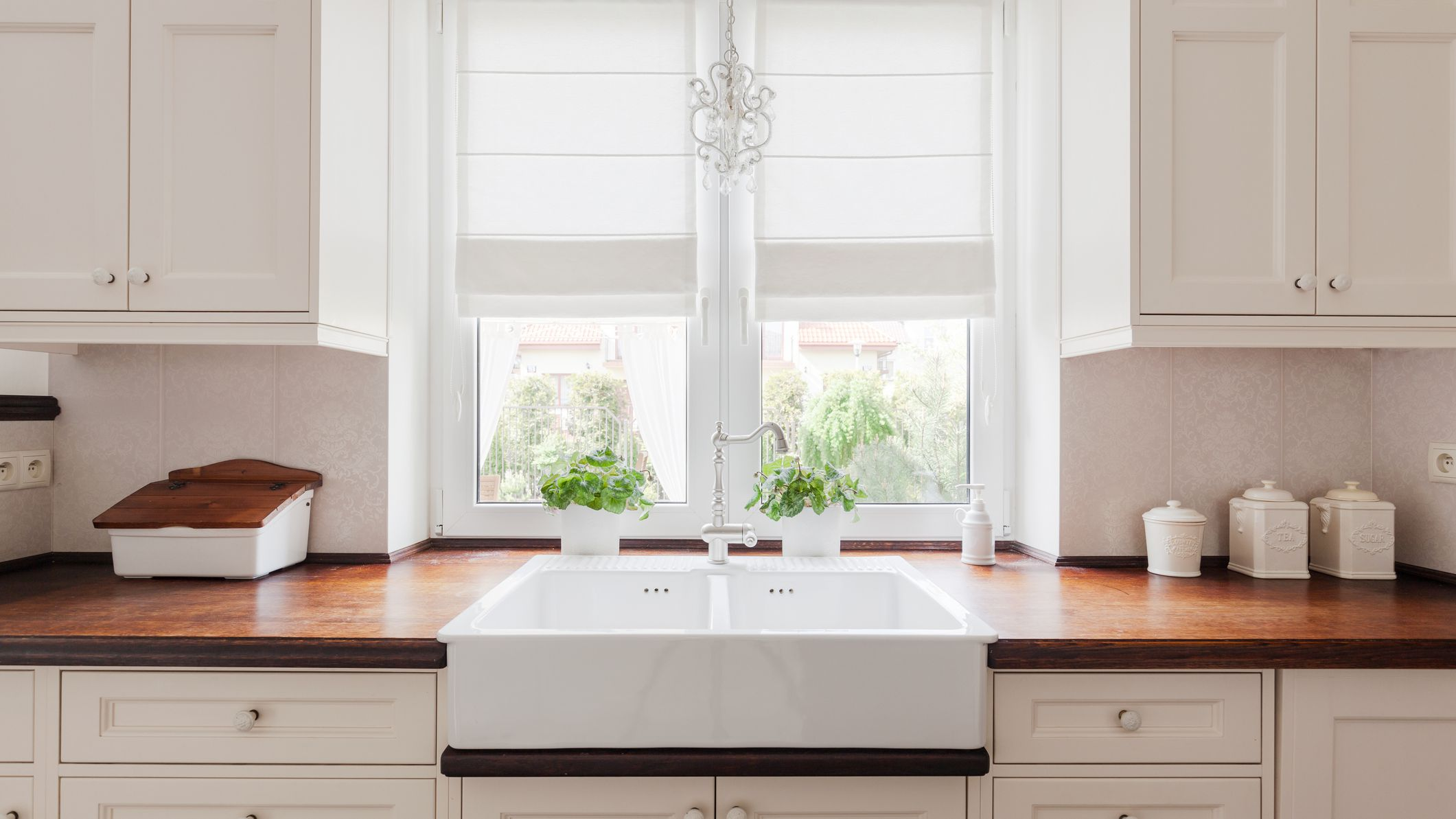 how to find cheap or free kitchen cabinets