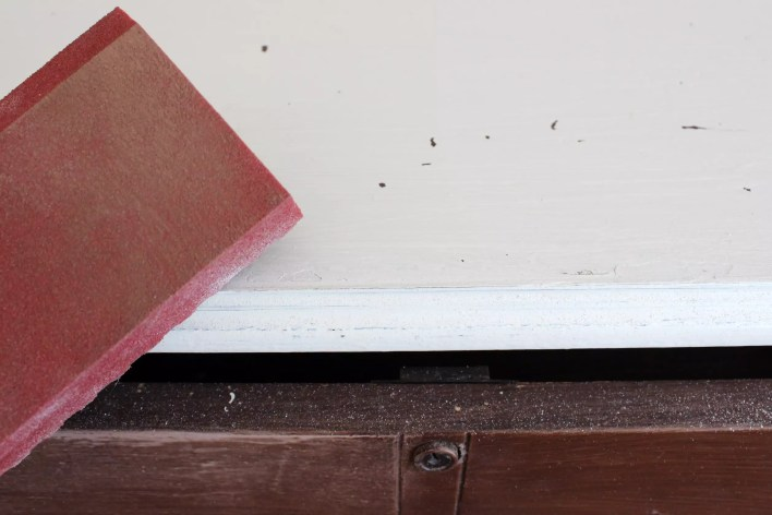 prep a dresser for painting