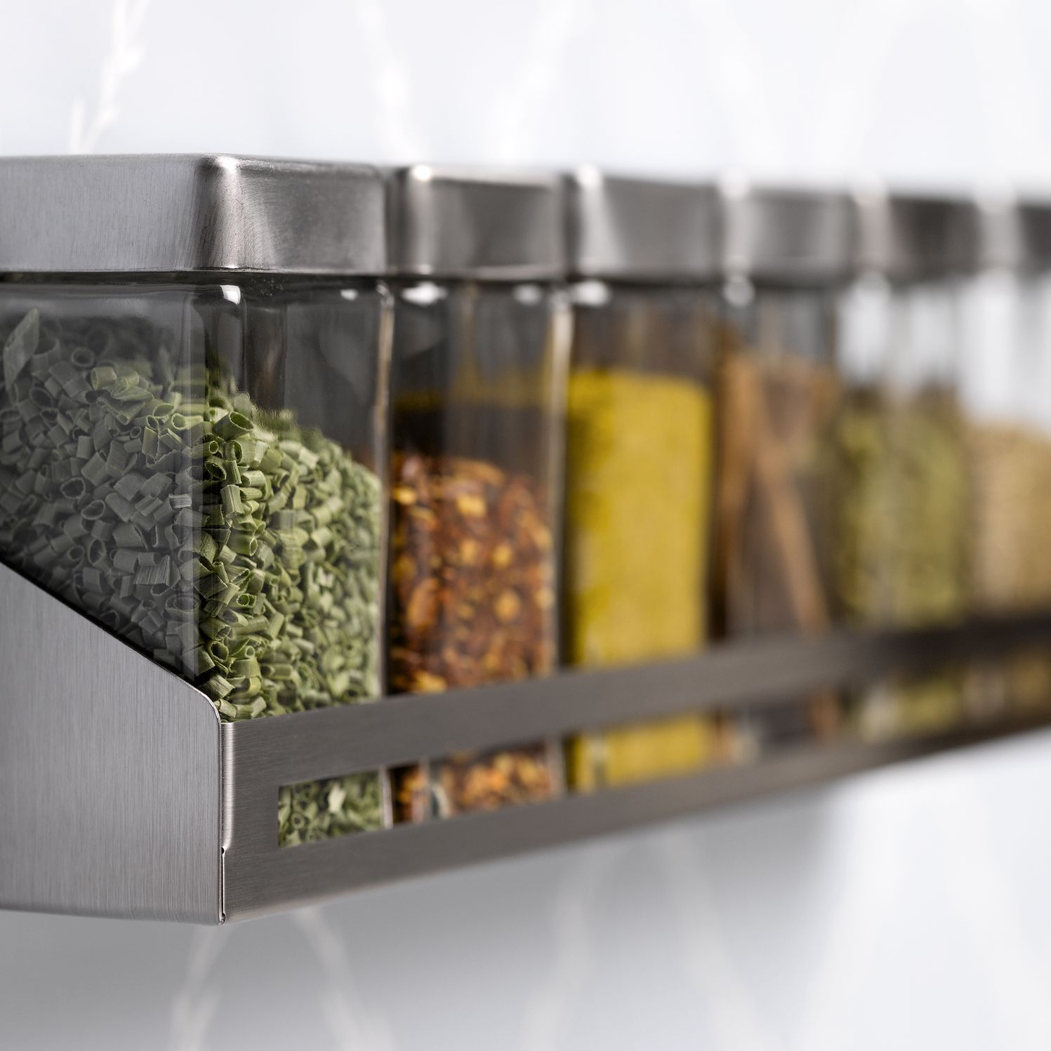 7 creative ways to store spices