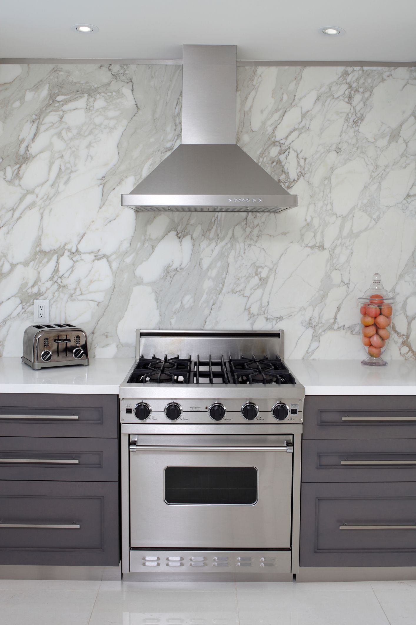 to clean a kitchen range hood and filter