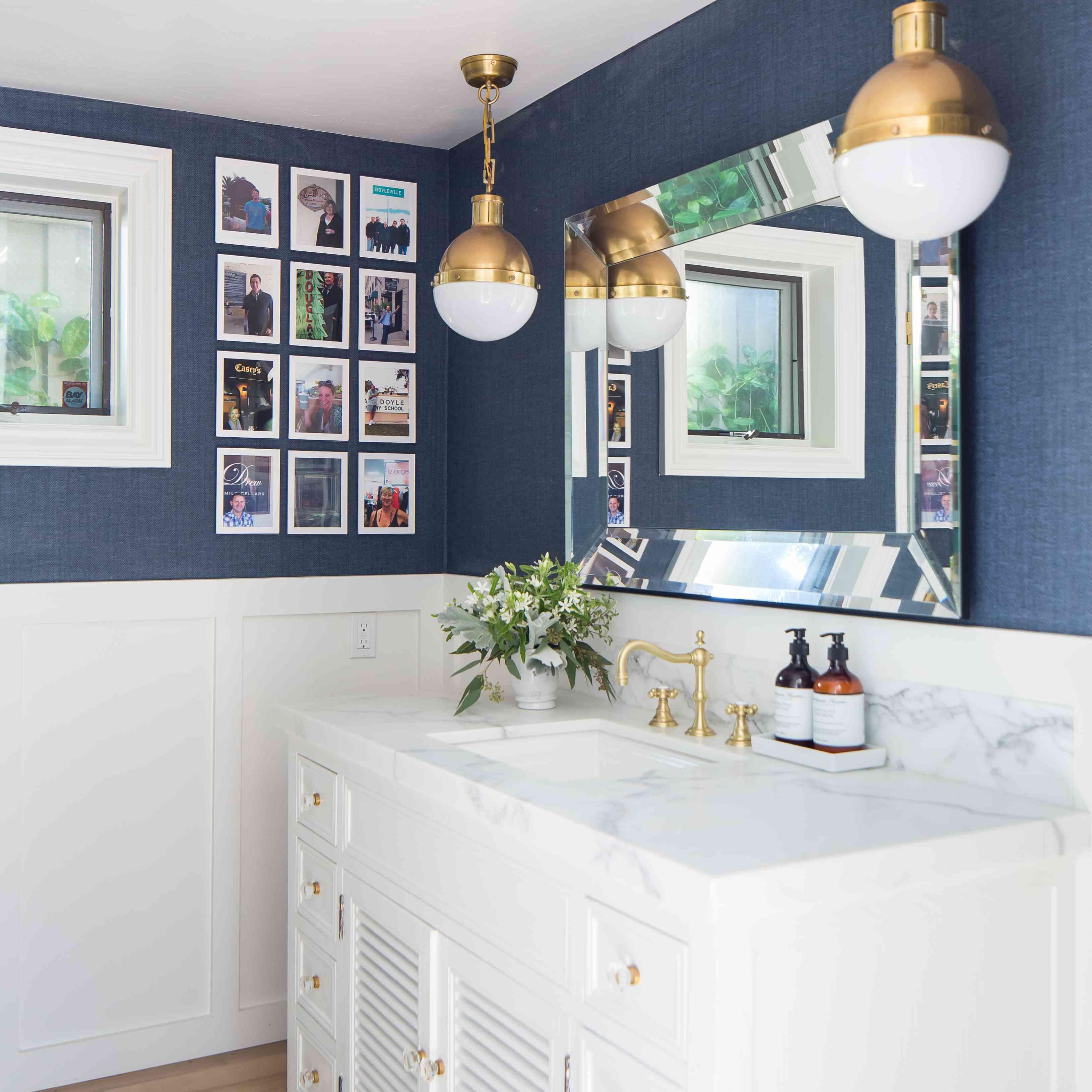 11 nautical bathrooms with seaworthy style