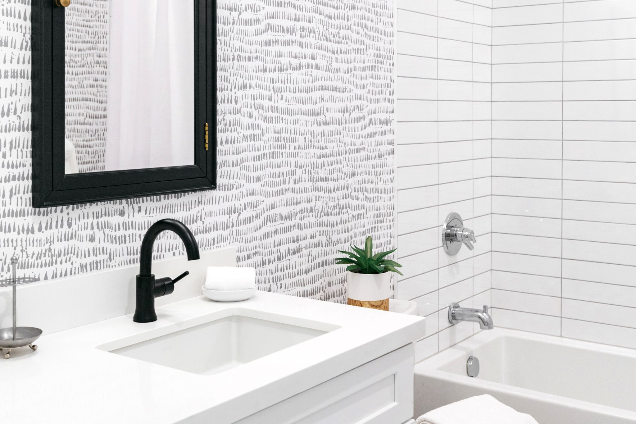 use wallpaper in your bathroom