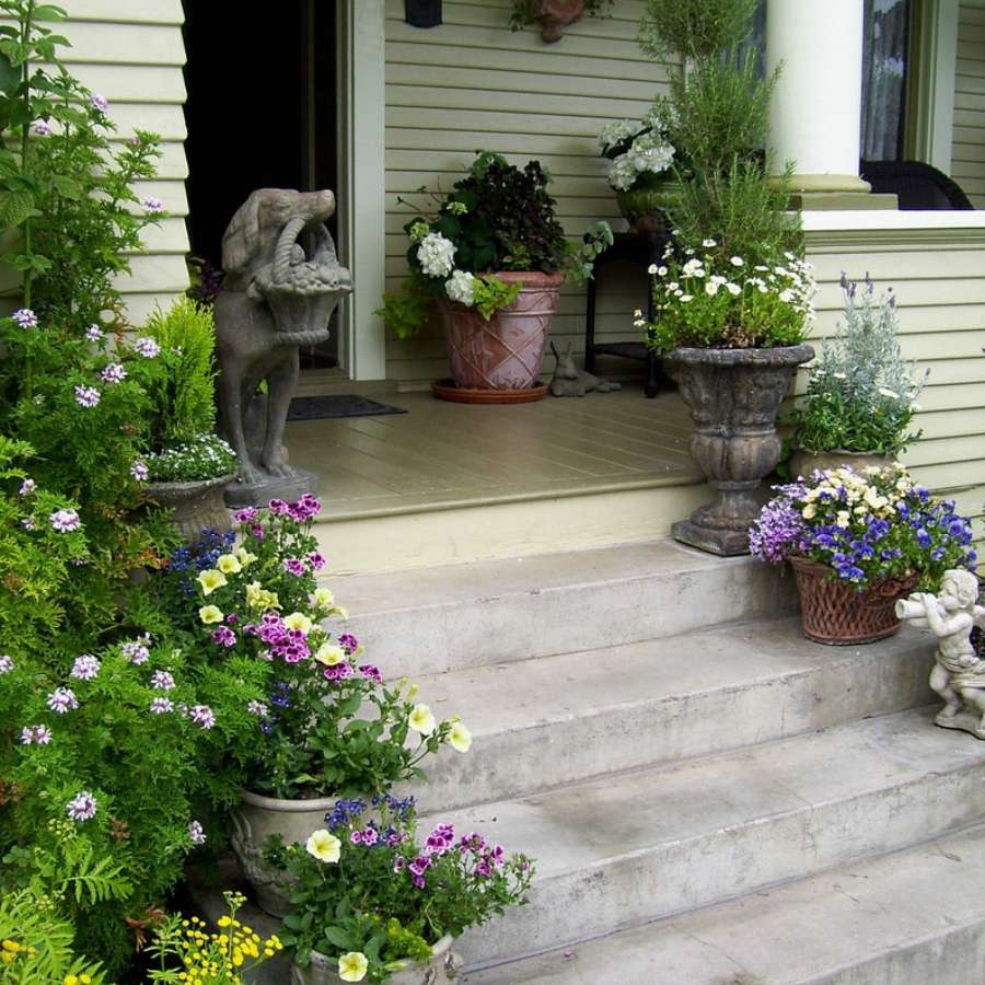 43 Porch Ideas For Every Type Of Home | Brick Front Step Designs | Patio | Entry | Front Entrance Front Porch Wall Tile | Raised Front | Bluestone Treads 24 Inch Rise