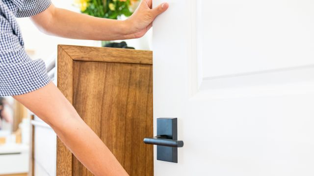 How to Fix a Door That Sticks