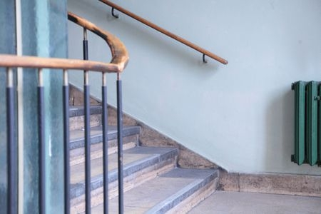 Stair Railing Building Code Summarized | Building A Stair Rail | Craftsman Style | White | Horizontal | Glass | Inexpensive