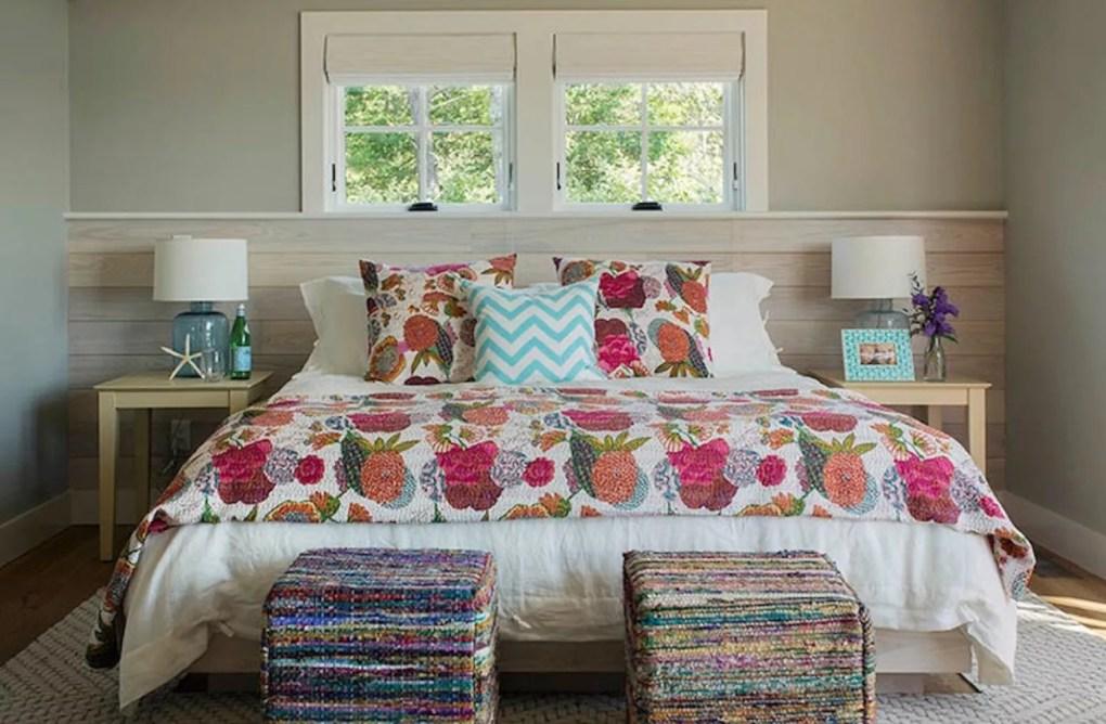 Floral quilt in bedroom