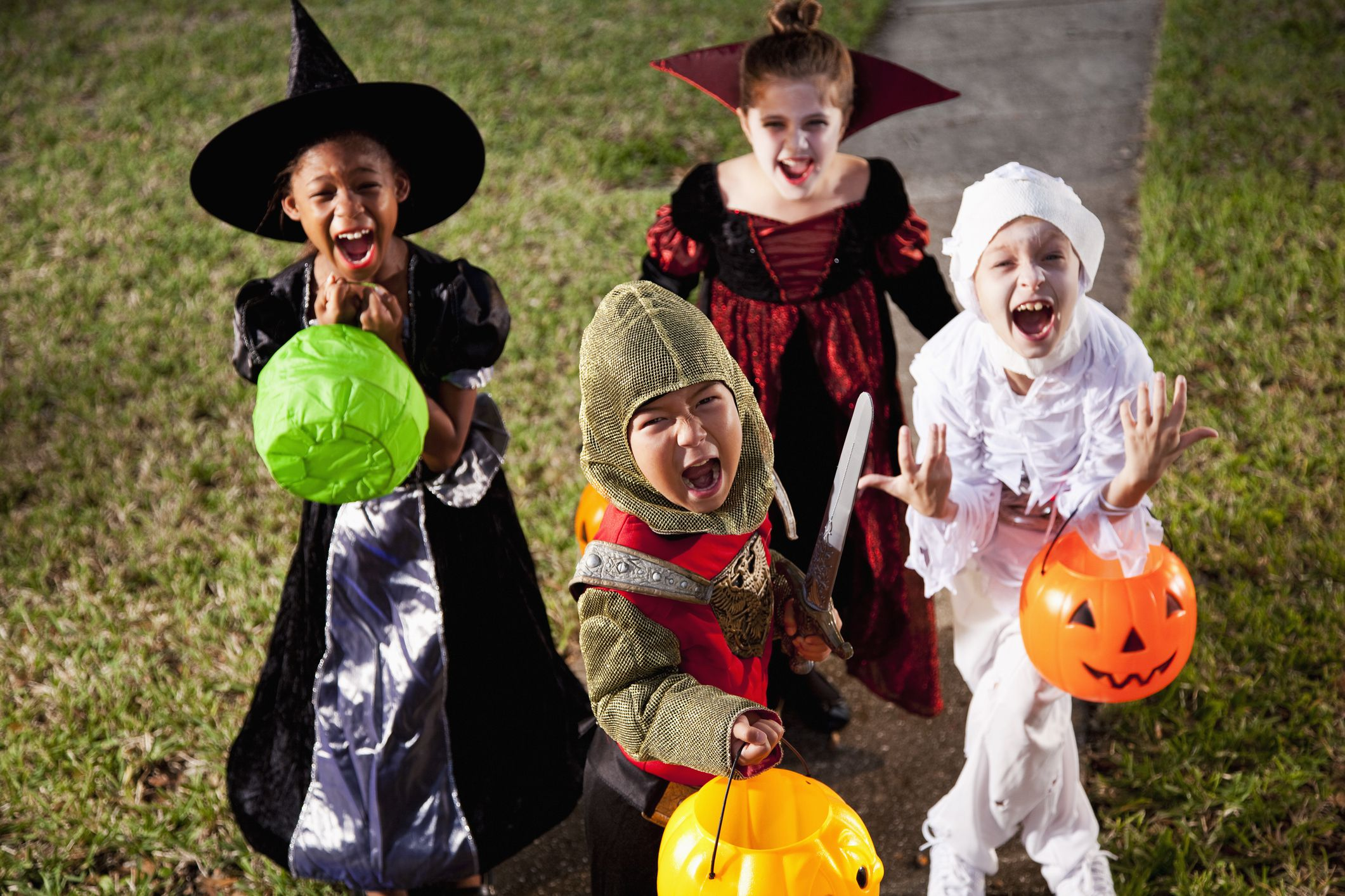 5 Trick Or Treating Rules For Kids Amp Tweens