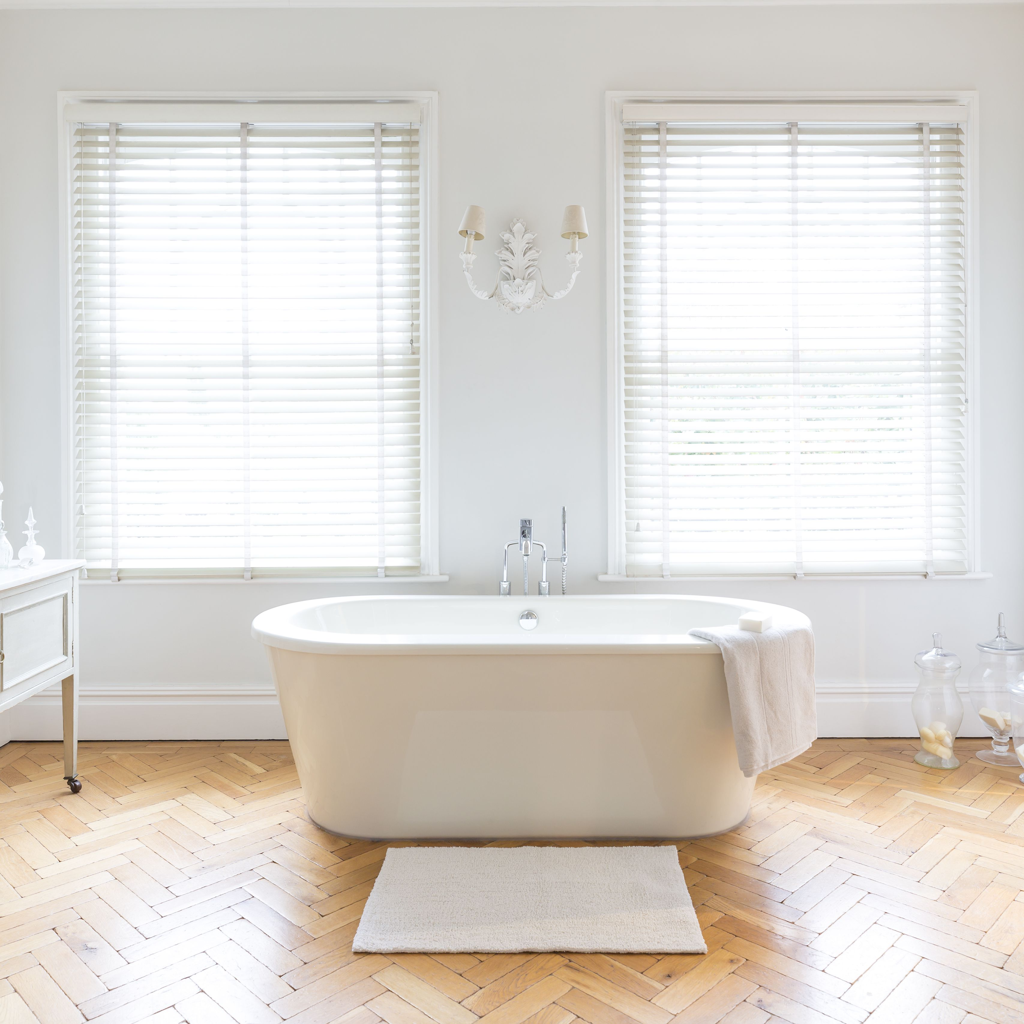 Beautiful Bathtubs For Boosting Your Bathing Experience