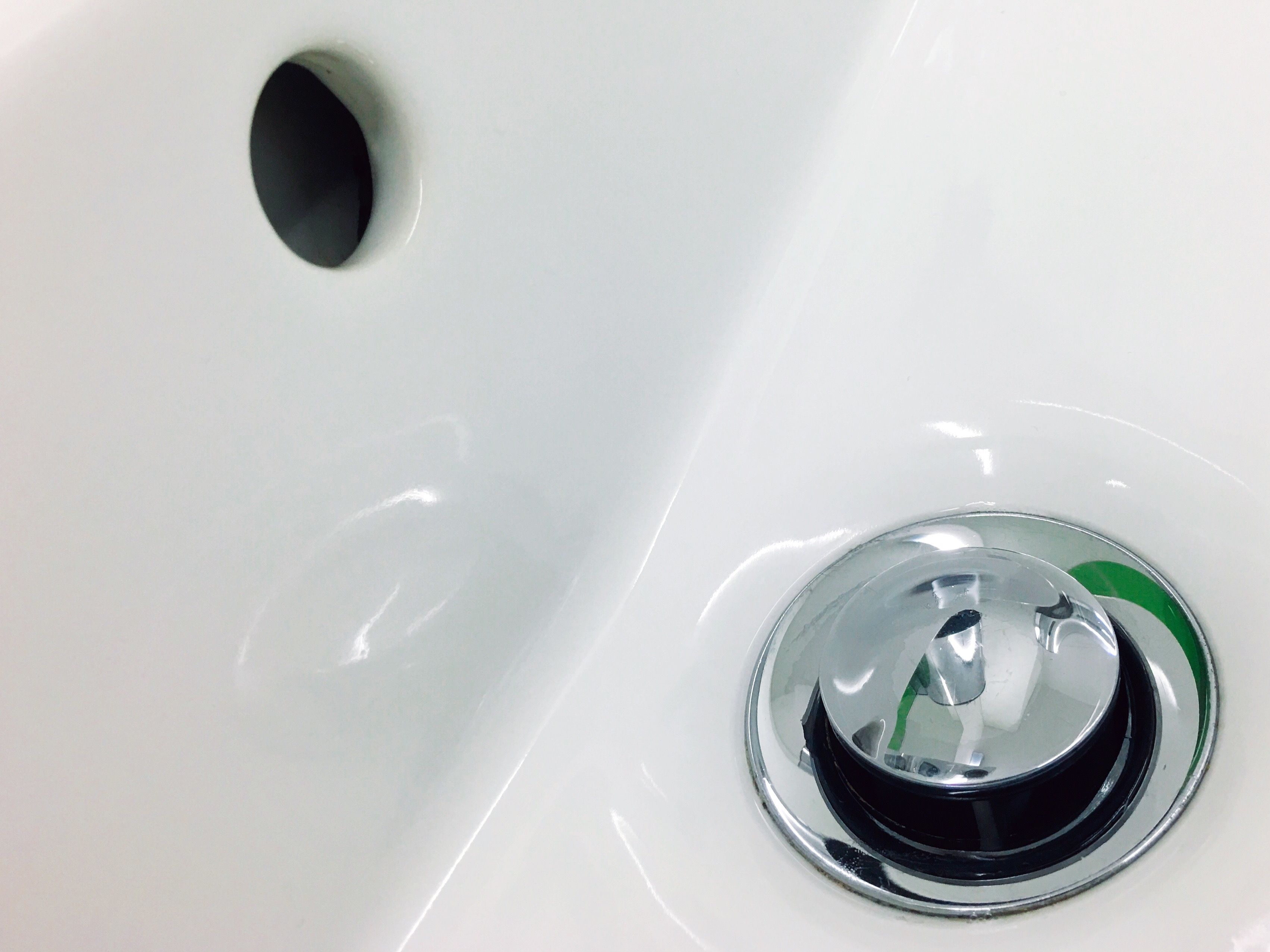 How To Install A Stopper Drain Fitting In A Bathtub