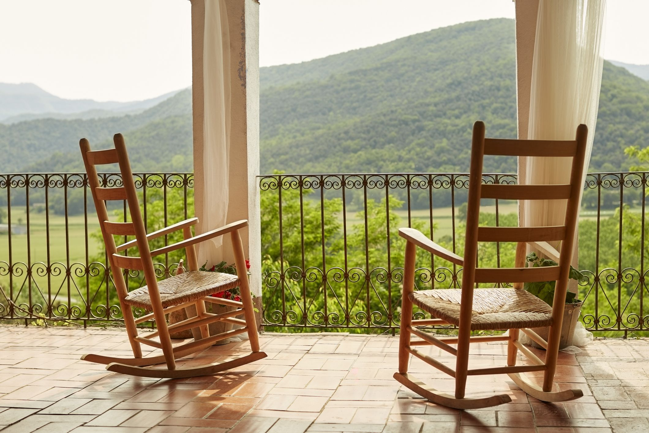 The 7 Best Rocking Chairs