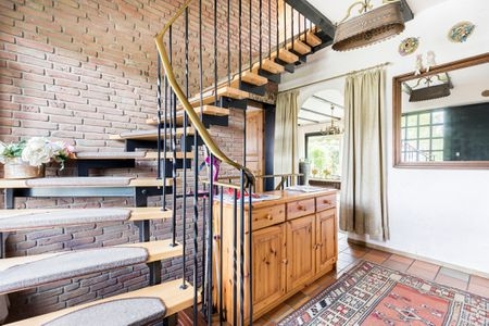 4 Decorative Ways To Dress Up A Stairway | Tread Riser Staircase Design | Effective | Contemporary | Cad Detail | Folded Plate | Angled