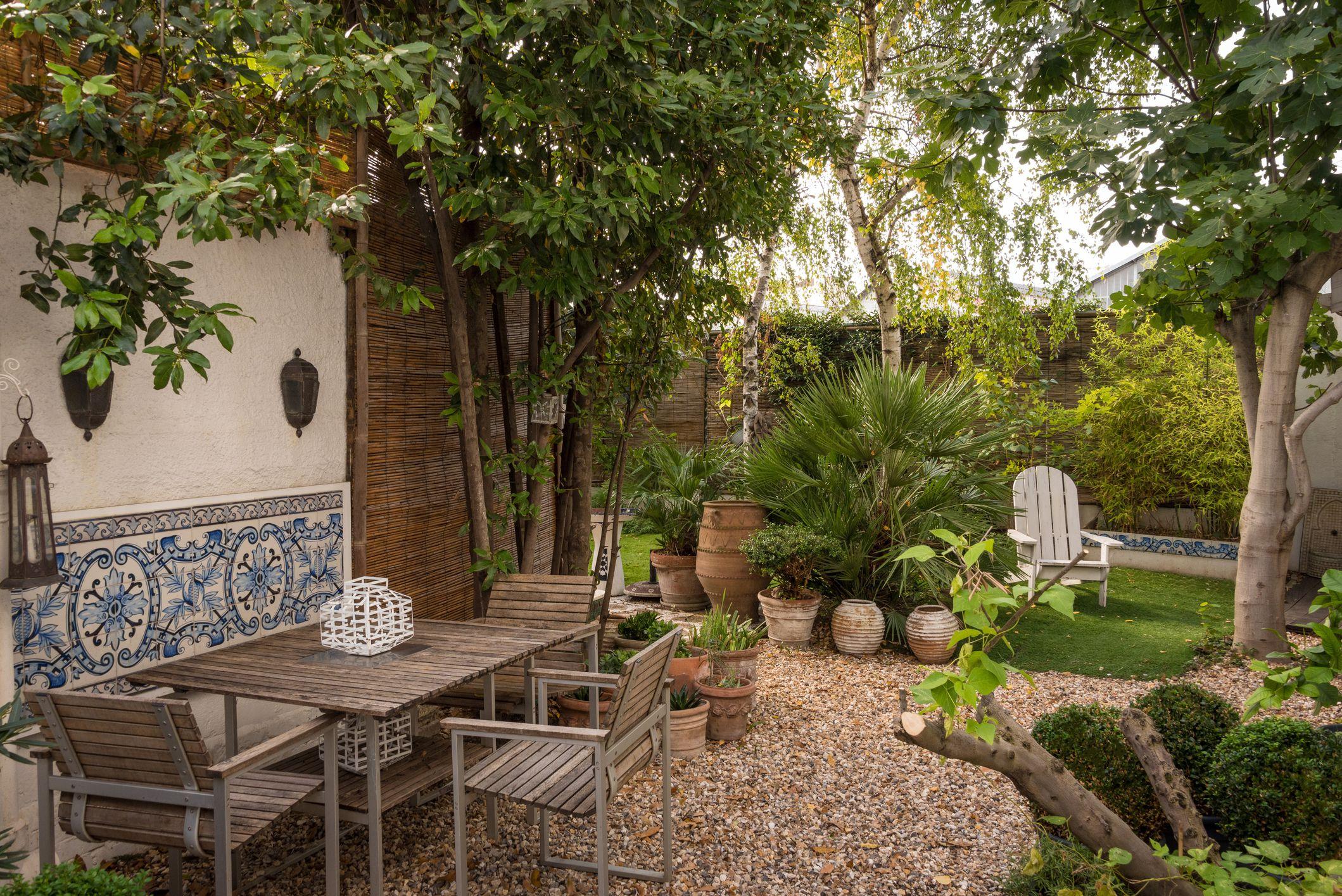 Small Simple Garden Design Ideas
