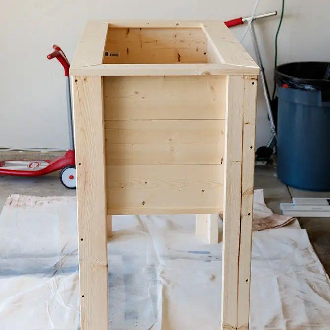 9 free raised planter box plans for