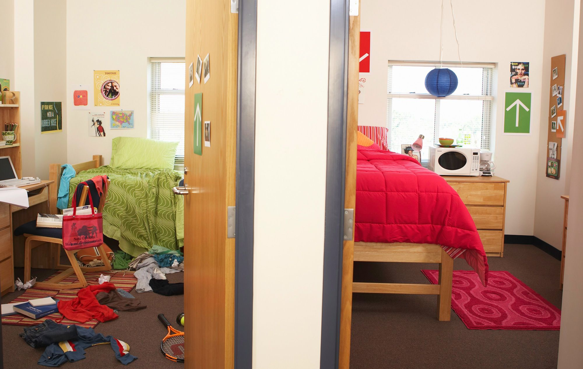 how to intensely clean a dorm room