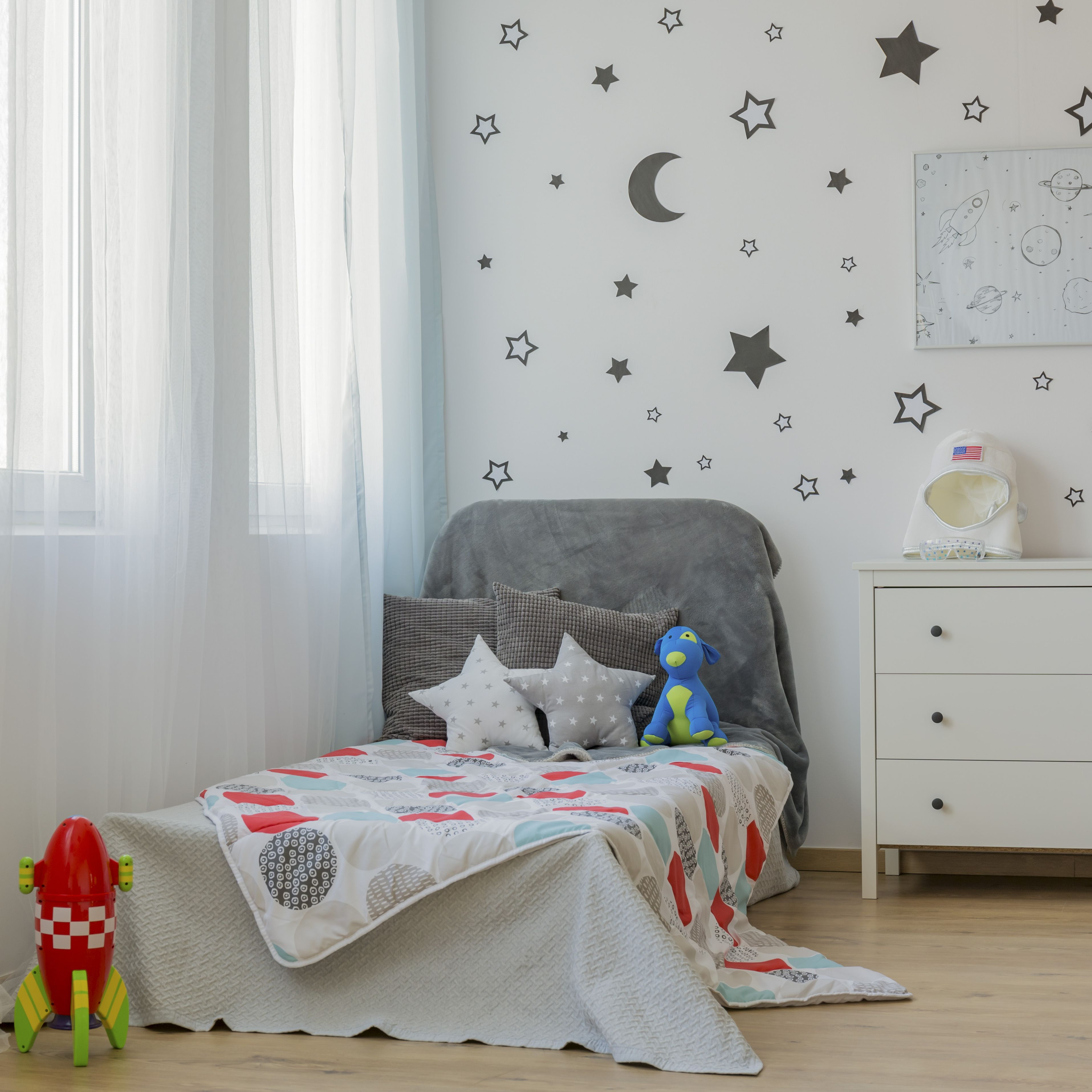 How To Make A Twin Bed Work For Your Toddler