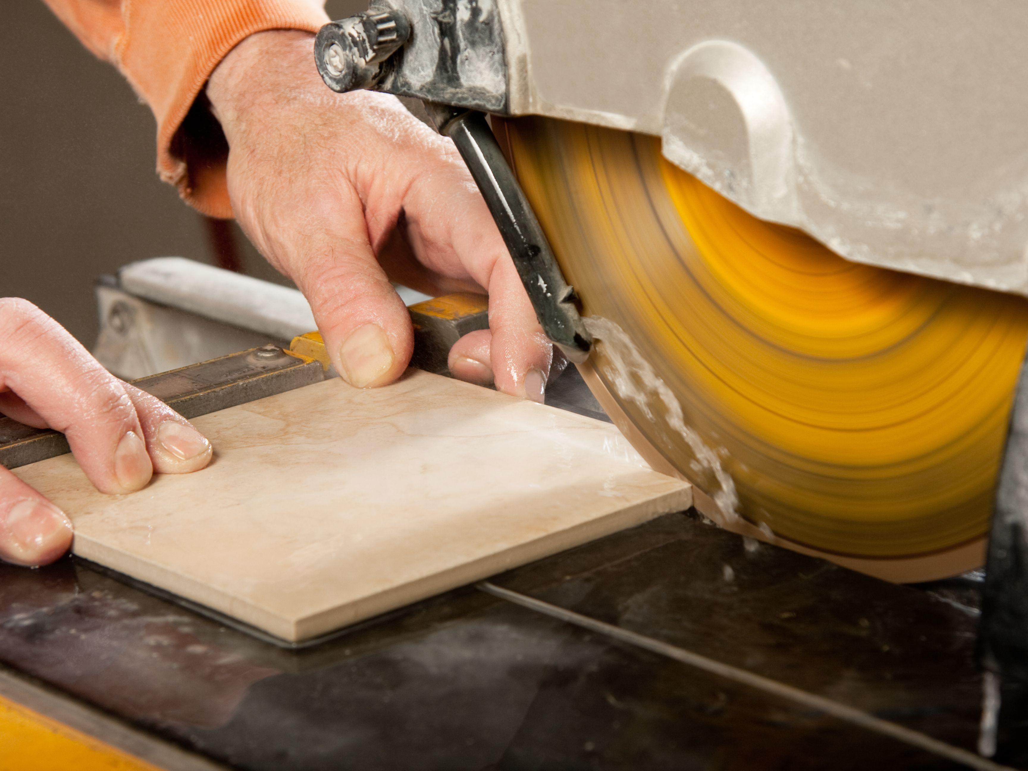 tile saw rental vs purchase guide