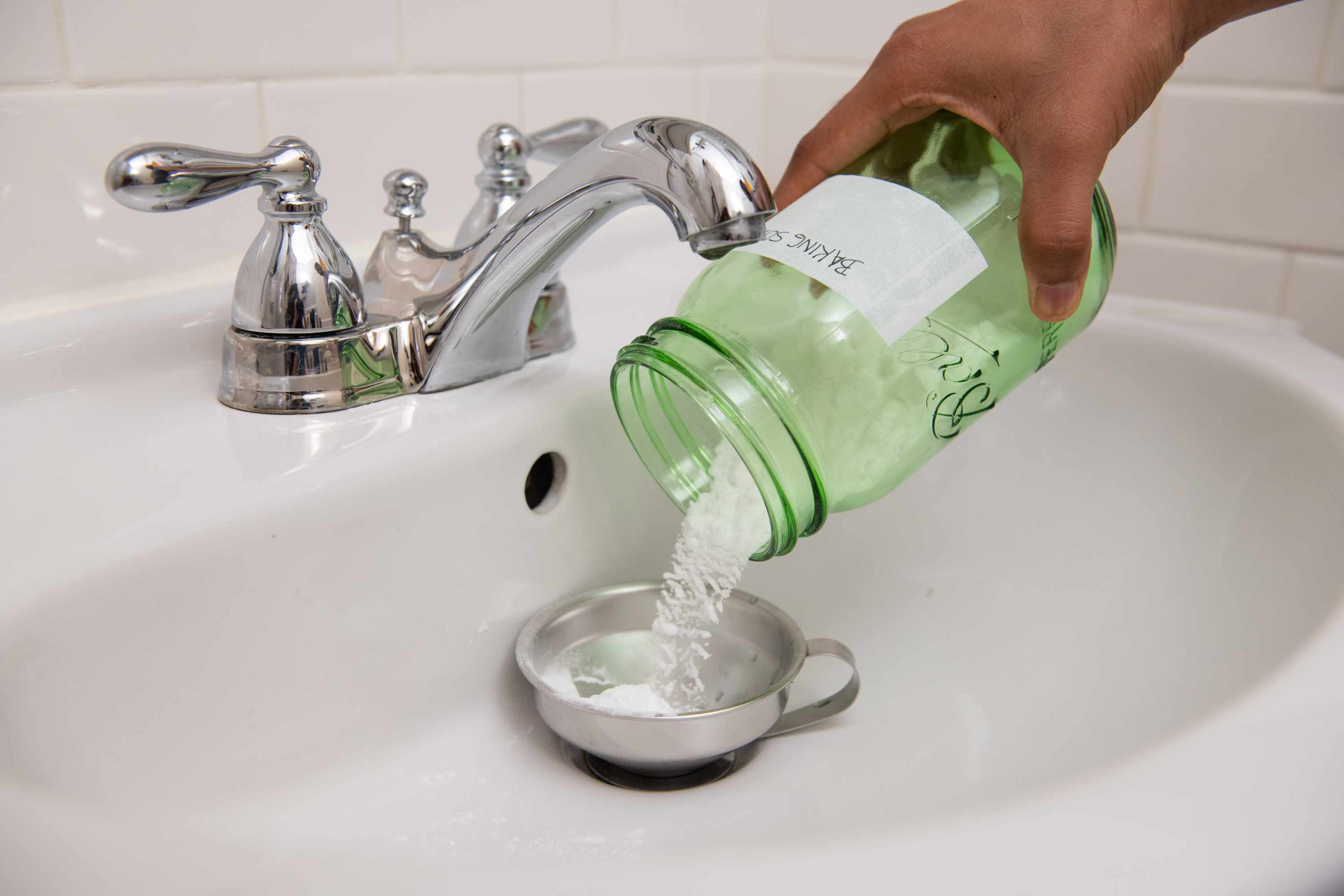 to clean a clogged drain with baking soda