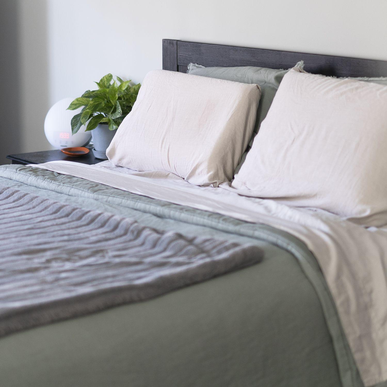 https www thespruce com buffy eucalyptus sheets review 5179303