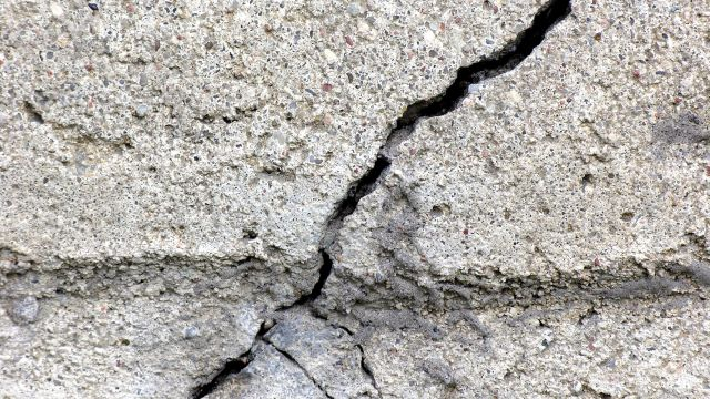 How to Repair Cracks in a Concrete Wall