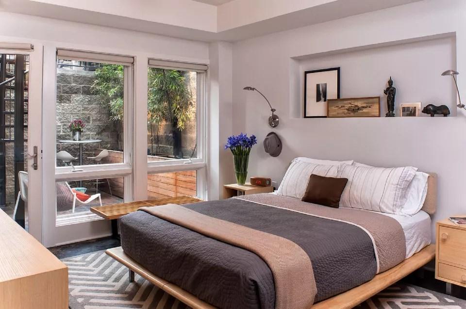 Небольшая мужская спальня
