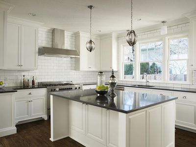 20 Options for Kitchen Countertops What Are the Best Manufacturers of Solid Surface Counters