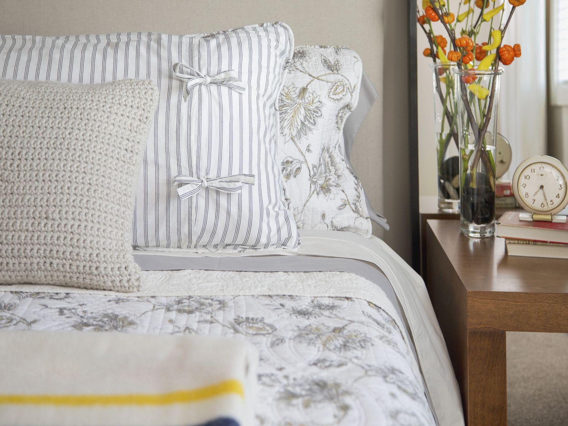 to sew a pillowcase by bed size