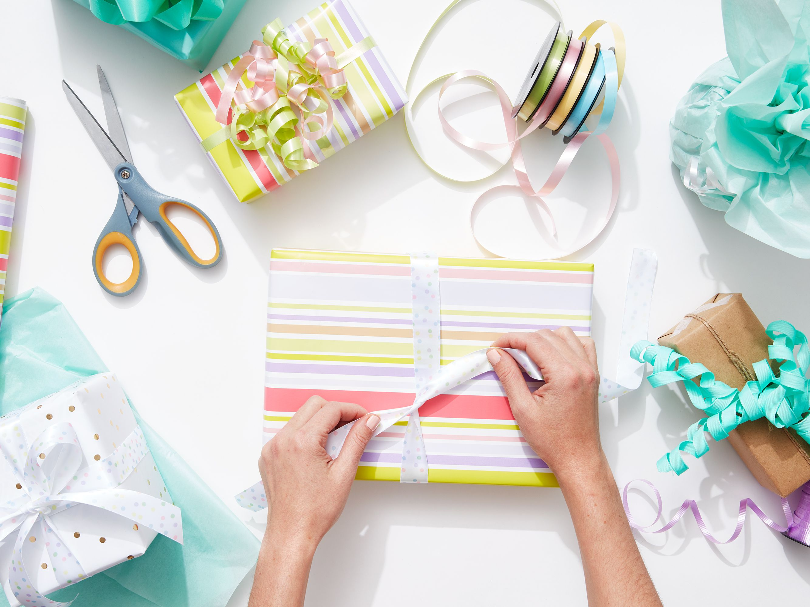 100 Great Ideas For Inexpensive Homemade Gifts