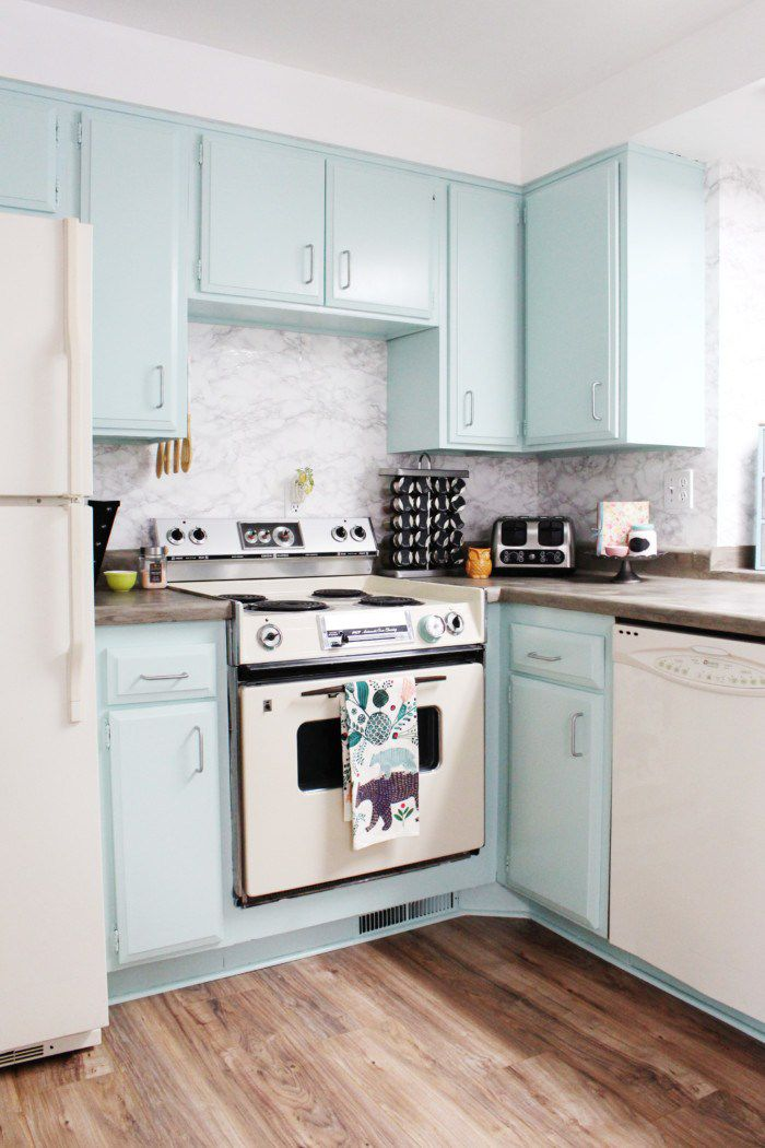 DIY Painted Kitchen Cabinets