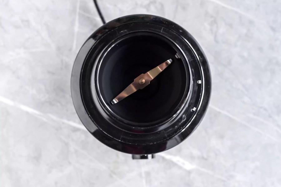 clean spice grinder