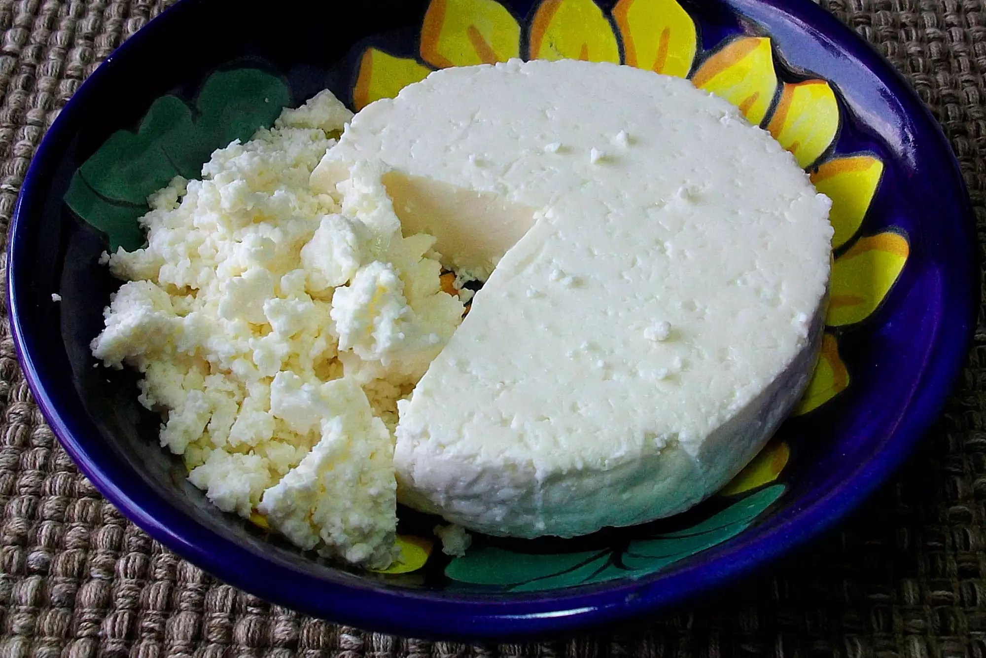 A plate of queso fresco