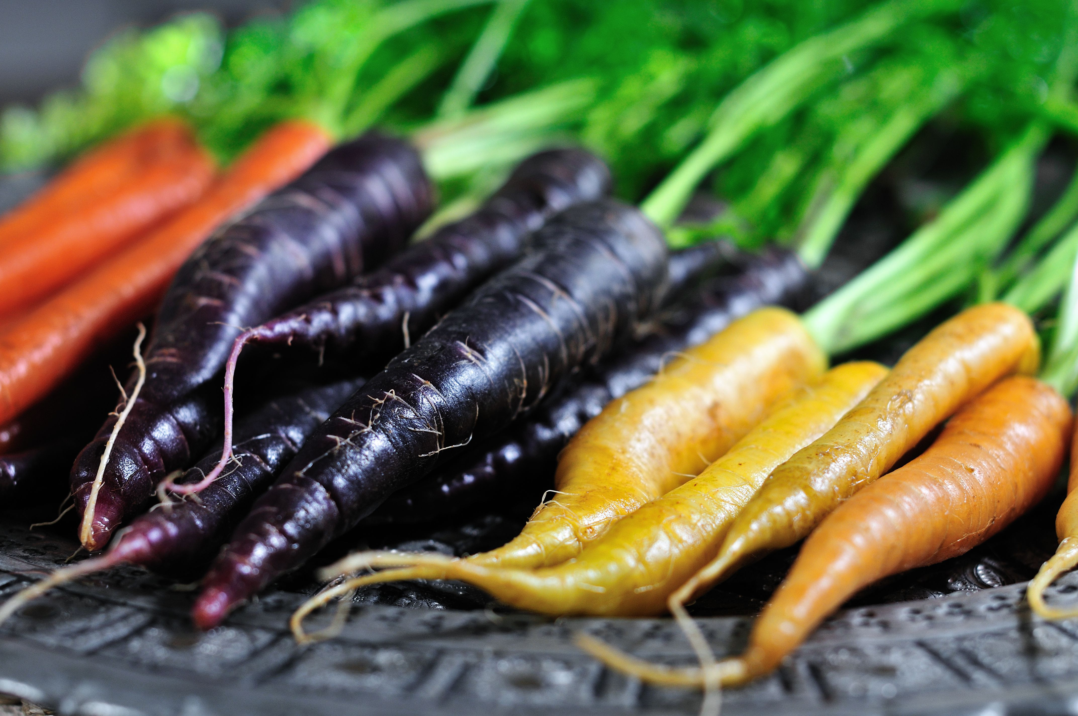 Find Out What Different Colored Carrots Taste Like