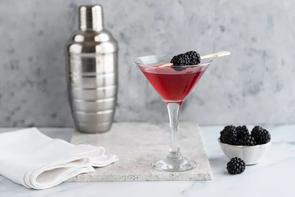 Blood Martini - Cocktail Recipes for Summer