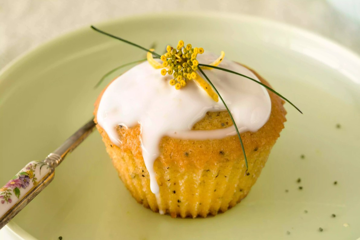 Vegan Lemon and Poppyseed Muffins