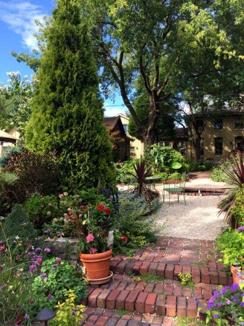Sanger House Gardens (6) sd