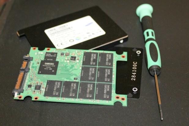 Samsung SM843 - Screwdriver