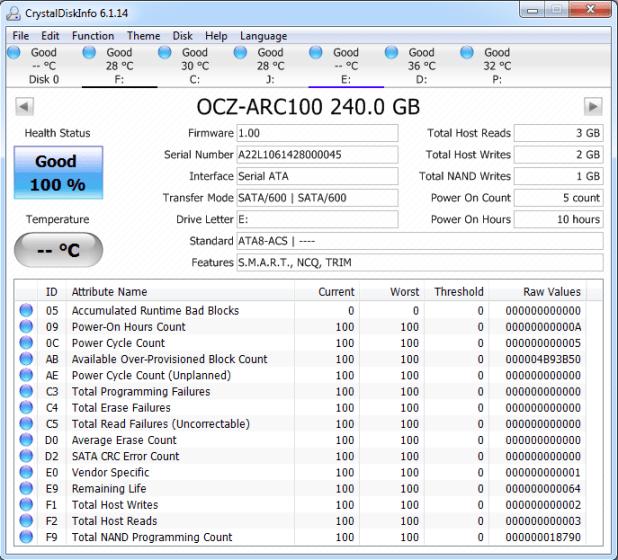 OCZ ARC 100 240GB Crystal Disk Info