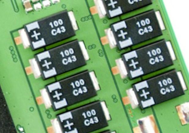 SamsungPM853T-Caps