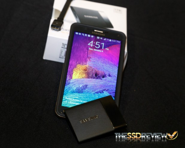Storage Visions 2015 - Samsung Portable SSD T1 Phone Comparison