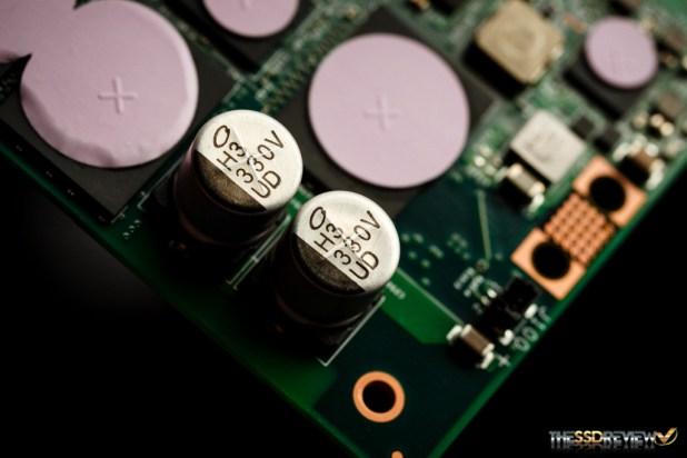 Intel 750 1.2TB Power-loss Caps