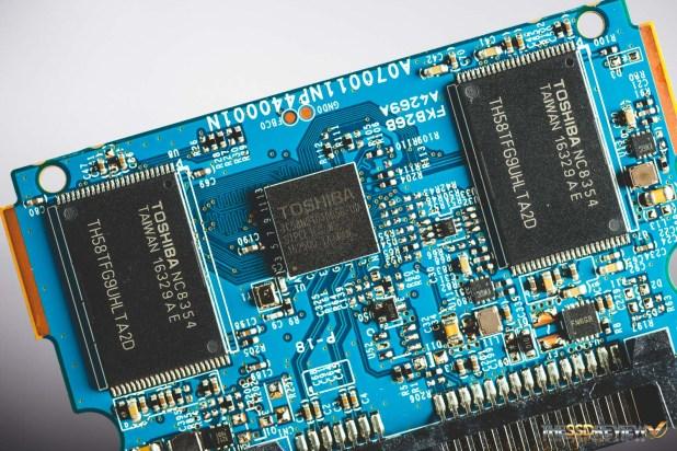 ocz-tl100-components