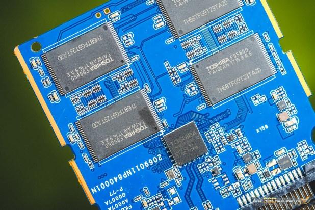 Toshiba TR200 PCB