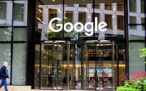 Google's $80-billion Conflict of Interest