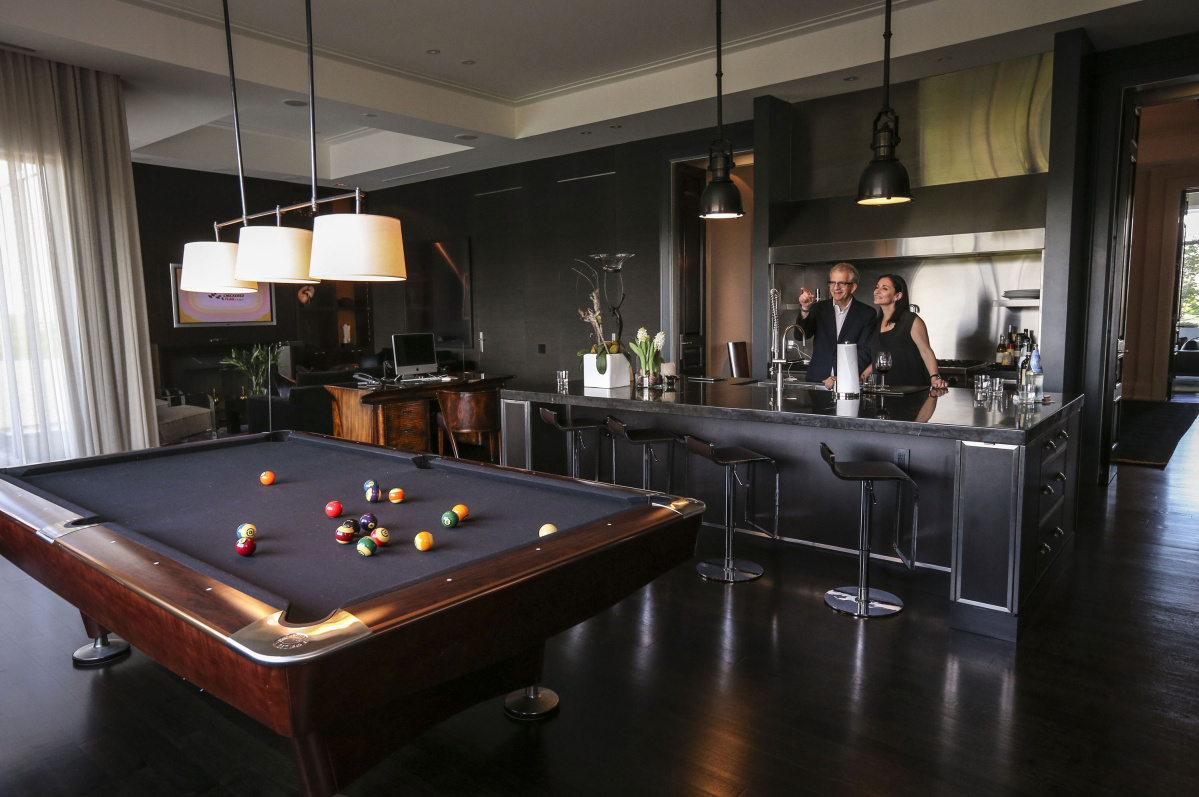 Eltes Owners Source Furnishings For Their Home Globally