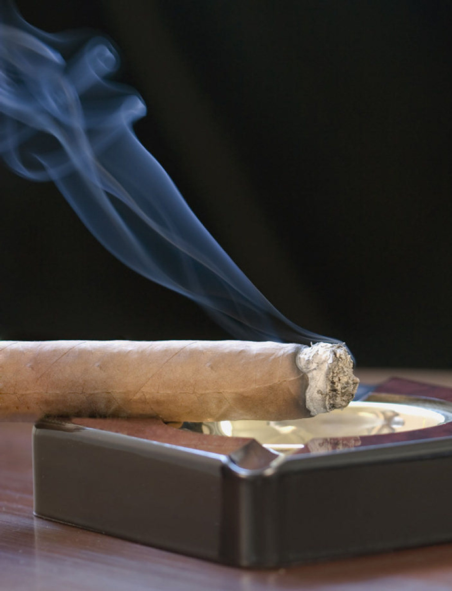 Court Rules Against Condo With Smoking Cigar Toronto Star