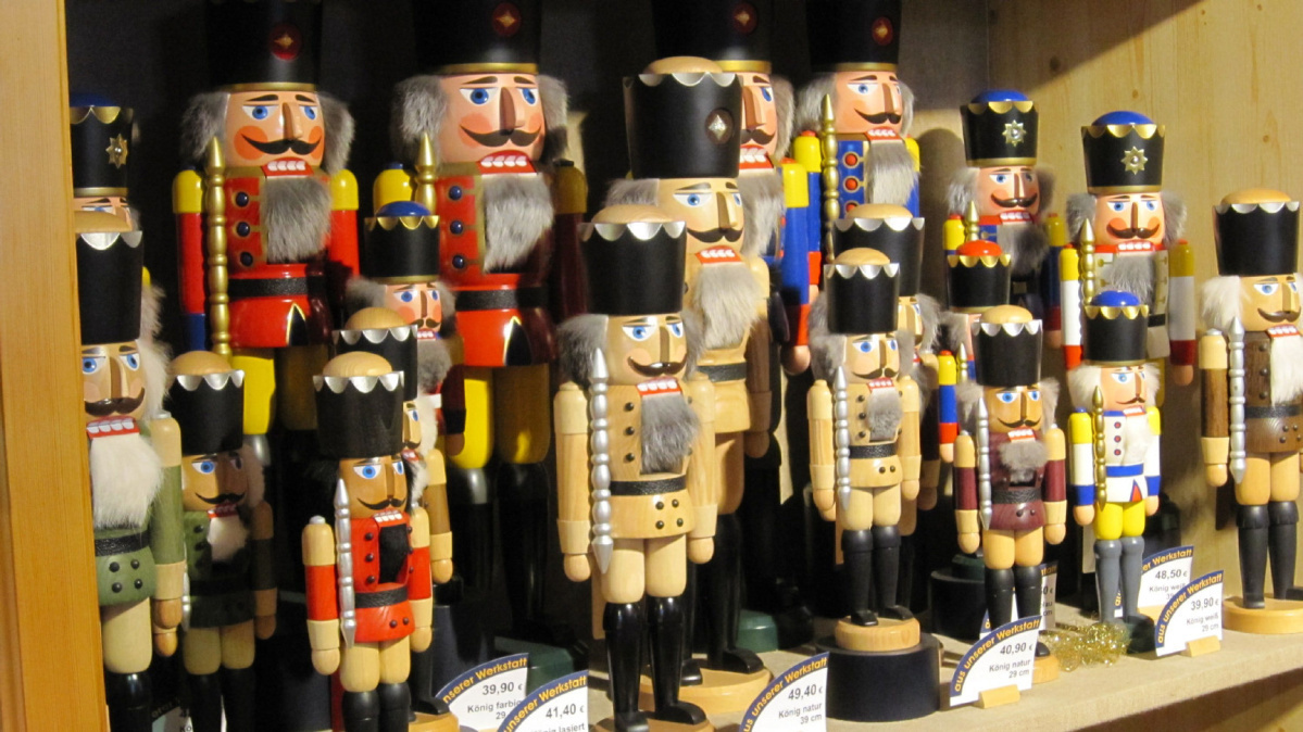 Christmas Travel Old Time Toys Made In Charming Town In