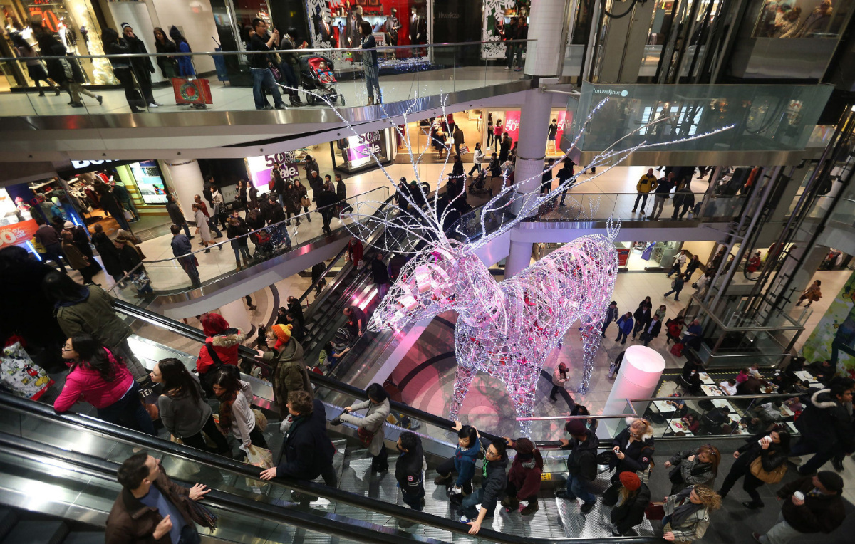 Inside The Busiest Christmas Shopping Weekend Of The Year