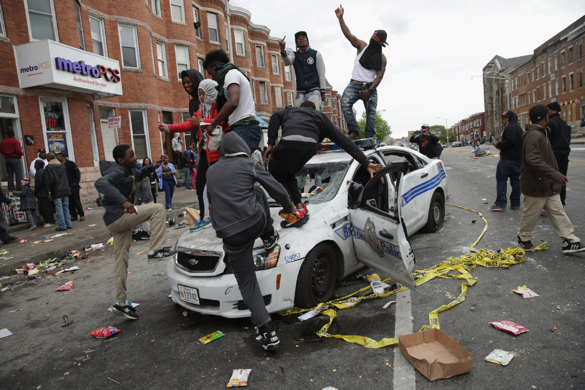 https://i2.wp.com/www.thestar.com/content/dam/thestar/news/world/2015/04/28/baltimore-riots-where-things-stand-tuesday/baltimore-riot.jpg