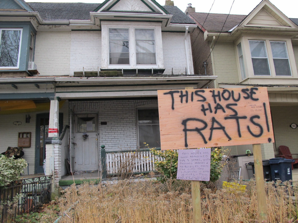 Rat Infested House Frustrates Riverdale Ave Residents